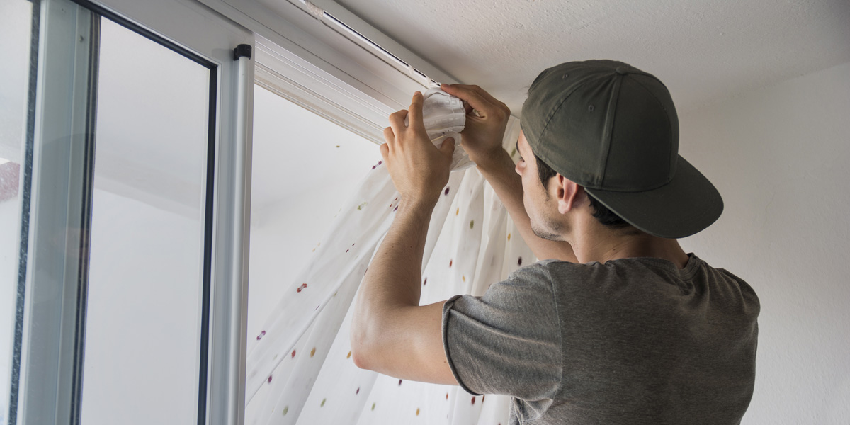 Curtain Blind Installers - What do they do