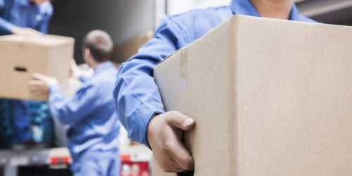 what do house movers do?
