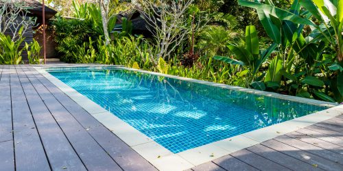 What do swimming pools installers do?