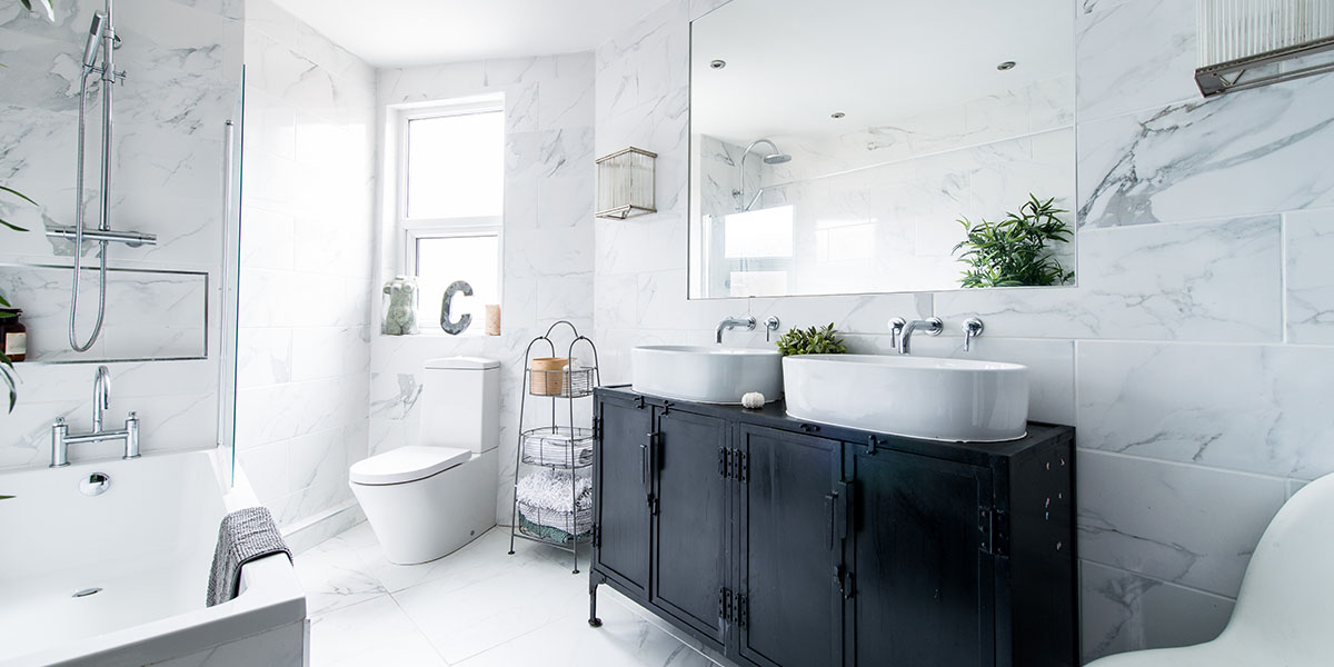 6 Ideas for a Budget Bathroom Makeover