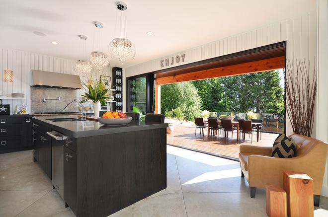 Successful indoor outdoor flow in new zealand homes for Outdoor spaces nz