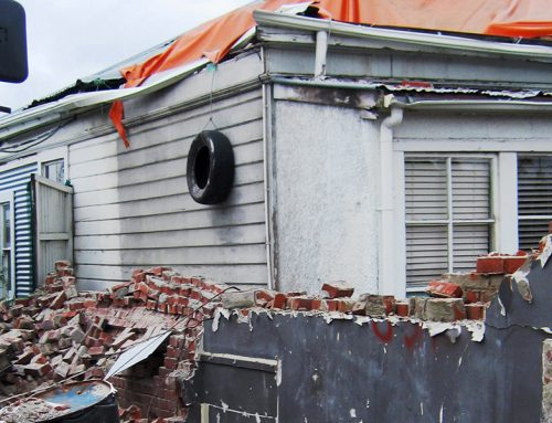 Clean up After an Earthquake – What's Safe to Do?