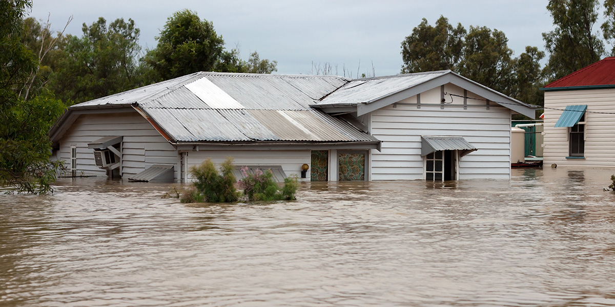 Cleaning Up After a Flood - A Homeowner's Guide