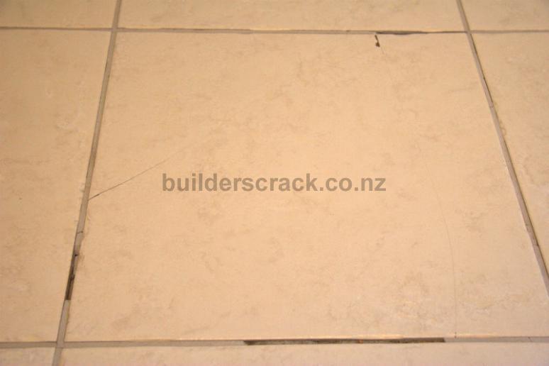 Tiles fixing and installing (# 17667) | Builderscrack