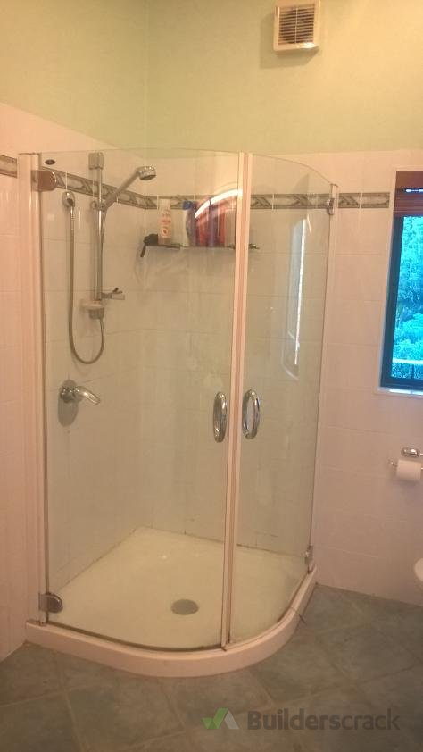 Reseal shower & toilet (# 140515)   Builderscrack