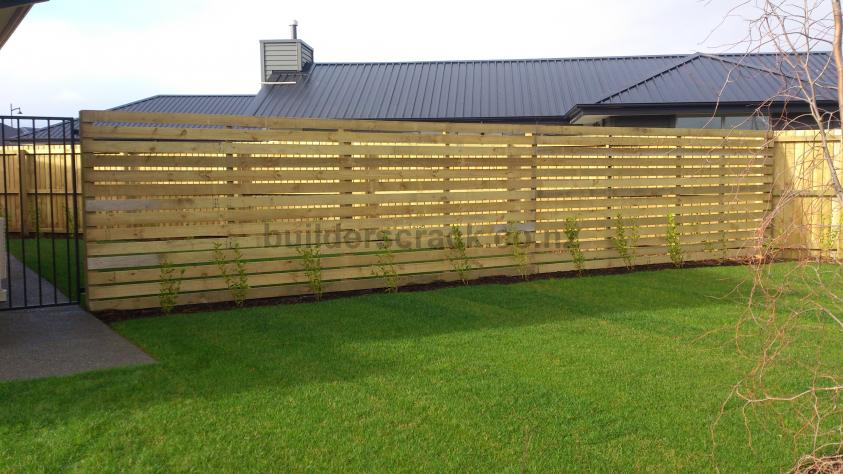 Fence materials calculator front yard garden retaining for Material calculator for house