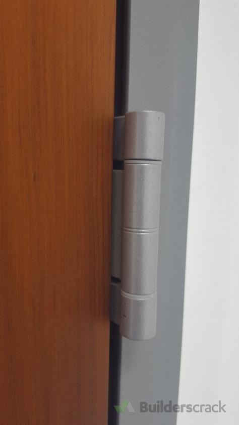 Replace front door hinges (# 174947) | Builderscrack