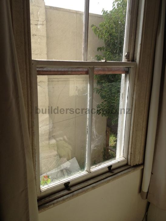 Window frame replacement 57718 builderscrack for Window installation nz
