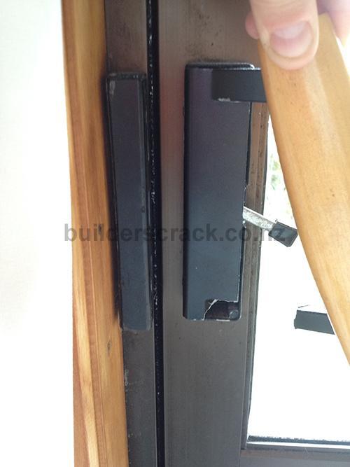 New Door Locks 58302 Builderscrack