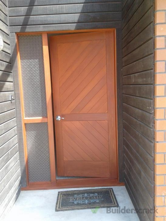 Paniting front door 238460 builderscrack for Front door quote online