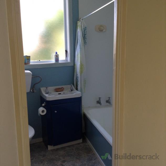 Bathroom Facelift Builderscrack - Bathroom facelift