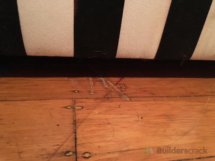 Repairing Deep Scratches On Wooden Floor 269819 Builderscrack