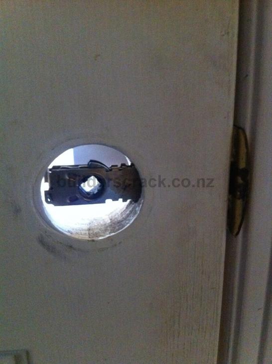 Fixing Broken Bedroom Door Lock (# 68885) | Builderscrack
