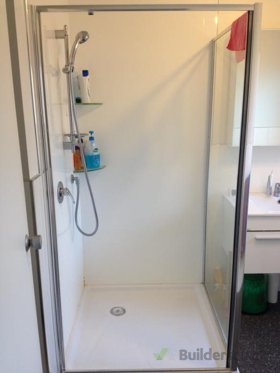Broken Shower Door Hinges To Be Replaced 89380
