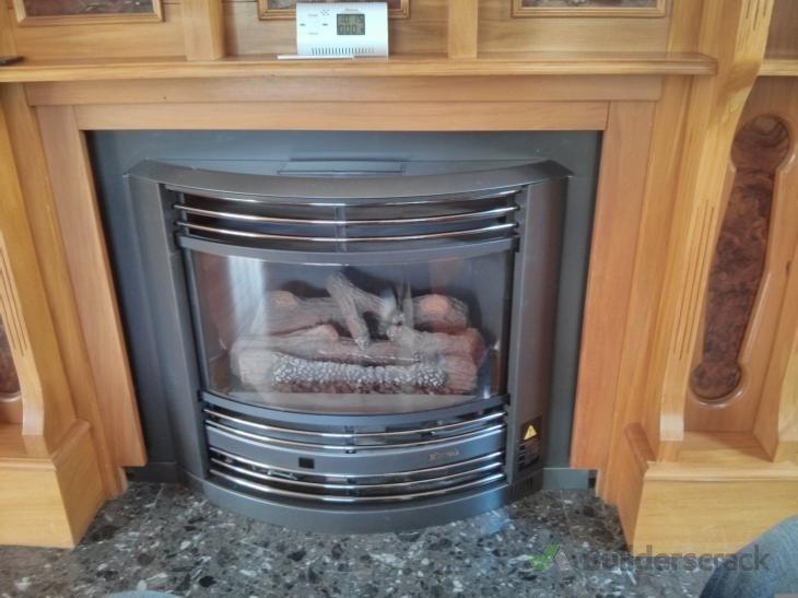 Rinnai gas fireplace check and fix (# 104474) | Builderscrack