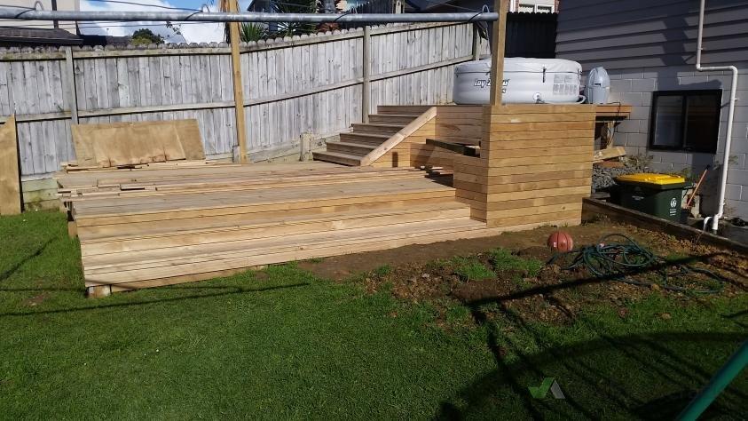 level lawn lay pavers 104586 builderscrack. Black Bedroom Furniture Sets. Home Design Ideas