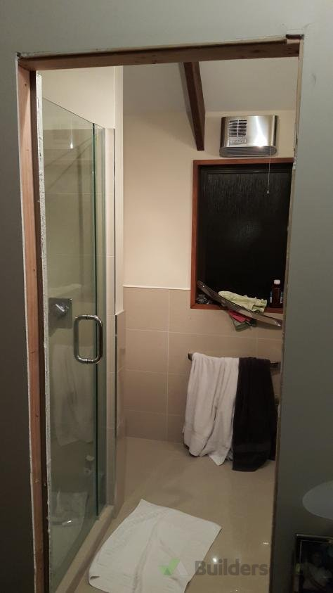 Bathroom Door Jamb Installation And Door Hanging - How to install bathroom door