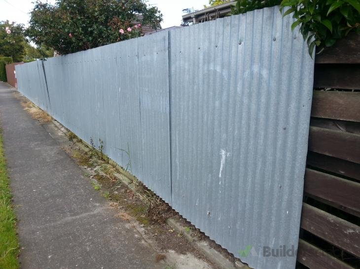 Replace boundary fence 109366 builderscrack for Boundary wall cost calculator