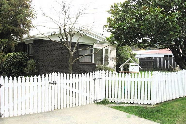 Front Picket Fence Replace 128171 Builderscrack