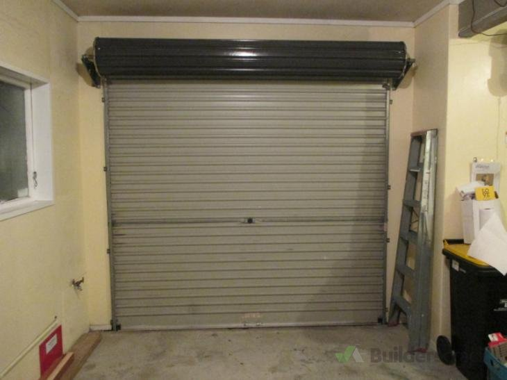 Install garage roller door opener 129865 builderscrack for Garage door installation jobs