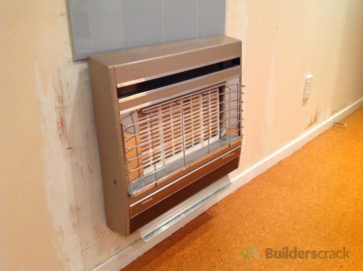 Remove An Old Wall Mounted Gas Heater 130833 Builders